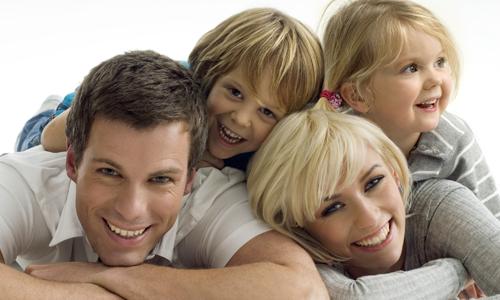 BASEMENT-WATERPROOFING-Happy-family-aqua-lock